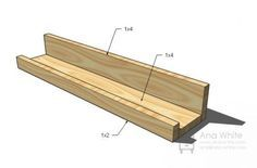 Ana White instructions for how to build a custom picture ledge (picture rail). Ana White, Easy Diy Projects, Home Projects, Furniture Plans, Diy Furniture, Modern Furniture, Furniture Design, Picture Shelves, Door Picture