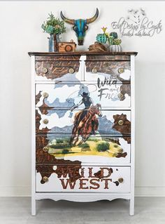 This dresser has wood peeking through with the white painted areas mimics a cowhide design perfectly! Then Crystin added the Wild West Decor Transfer® to tie in the whole design plan. Love how she got creative with the this transfer. Furniture Wax, Western Furniture, Design Furniture, Furniture Makeover, Painted Furniture, Rustic Furniture, Garden Furniture, Antique Furniture, Cowhide Furniture