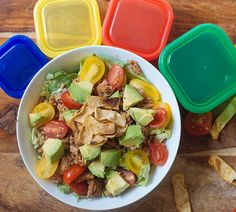 With seasoned ground turkey, this Healthier Taco Salad Recipe is loaded with crisp lettuce, juicy tomatoes, diced avocado, and crunchy tortilla strips. Cooking Avocado, Healthy Cooking, Healthy Eating, Cooking Tips, Taco Salad Recipes, Lunch Recipes, Taco Salads, Dinner Recipes, Fixate Recipes