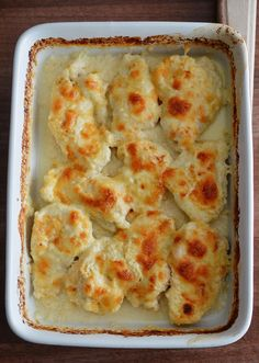 Piept de pui la cuptor - Rețete Papa Bun Romanian Food, Cauliflower, Macaroni And Cheese, Chicken Recipes, Good Food, Food And Drink, Cooking Recipes, Tasty, Vegetables