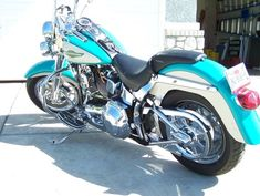 Harley Davidson Bike Pics is where you will find the best bike pics of Harley Davidson bikes from around the world. Harley Davidson Signs, Harley Davidson Trike, Vintage Motorcycles, Harley Motorcycles, Big Girl Toys, Aqua Paint, Mens Toys, S Pic, Motorcycle Gear
