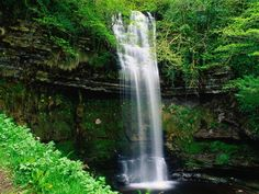 Shower under a waterfall~!