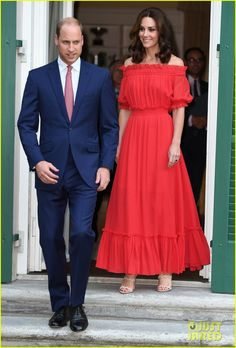 Kate Middleton is Radiant in Red at The Queen's Berlin Birthday | kate middleton prince william queen birthday berlin 04 - Photo