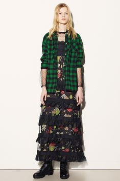 Red Valentino - Fall 2015 Ready-to-Wear - Look 1 of 46