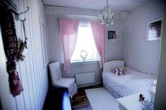 Bedroom girls