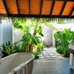Semi-outdoor bathroom, possible add a curtain for privacy/shelter when desired. … Semi-outdoor bathroom, possible add a curtain for privacy/shelter when desired. Indoor Outdoor Bathroom, Outdoor Baths, Outdoor Tub, Outdoor Showers, Outdoor Spaces, Outdoor Living, Shelter, Tropical Bathroom, Bathroom Gallery