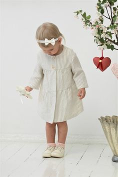 Baby girl linen coat (sizes 3-24 months) Cute little coat made for 100% linen fabric. Looks so cute and romantic! With 5 button fastening. This lightweight coat would be perfect for wedding party or christening as well. Perfect for spring and summer seasons. Also can be worn as a dress.