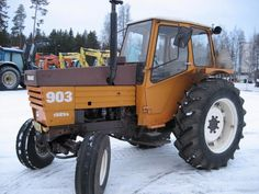 Classic Tractor, Volvo, Cars And Motorcycles, Vehicles, Snow, Google Search, Winter, Tractor, Winter Time