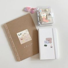 /volzzi_/ : mo ran voice: 宝贝… Bullet Journal Books, Bullet Journal Ideas Pages, Bullet Journal Inspiration, Journal Pages, Journals, Notebooks, Study Room Decor, Bullet Journal Aesthetic, Cute Stationery