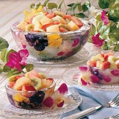 """ok.. LITERALLY """"cool"""" --  how to make floral ice serving bowls of any size :)"""