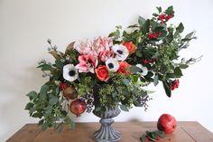flower design, flower arrangement, amaryllis,anemone,pomegranate