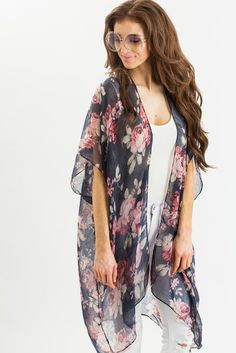 A girl can never have too many kimonos in her closet, especially when they are as pretty and feminine as...