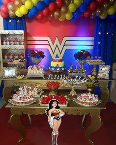 Festa Mulher Maravilha: tutoriais e 70 ideias para fazer a sua Wonder Woman Birthday, Wonder Woman Party, Happy Birthday Me, 40th Birthday, Birthday Parties, Anniversaire Wonder Woman, Ben Y Holly, Party Venues, Princess Birthday