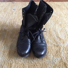 Steve Madden Troopa Black Slightly worn Steve Madden Troopa. No major scratches or damage. Steve Madden Shoes Lace Up Boots