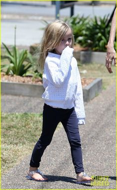 Angelina Jolie Shops in Queensland with the Kids! | Angelina Jolie, Brad Pitt, Celebrity Babies, Knox Jolie-Pitt, Pax Jolie Pitt, Vivienne Jolie-Pitt Photos | Just Jared