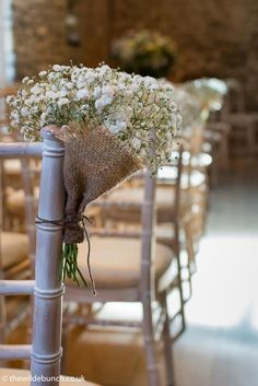The simplest of aisle flowers. A rustic Wilde Bunch design with gypsophilia in a hessian wrap. Perfect for the stone barn venues of the Cotswolds and Somerset like Kingscote Barn, Priston Mill and Cripps Barn. Country Wedding Flowers, Wedding Flower Guide, Wedding Flower Design, Yellow Wedding Flowers, Cheap Wedding Flowers, Wedding Flower Arrangements, Flower Bouquet Wedding, Peacock Wedding, Floral Arrangements