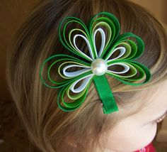 This one i see in Monkeys hair (: St. Patrick's Day Shamrock Hair Clip- Ribbon Shamrock Hair Clip or Barrette with Pearl Accent Ribbon Hair Bows, Diy Hair Bows, Bow Hair Clips, Barrette Clip, Headband Hairstyles, Diy Hairstyles, Barrettes, Hairbows, Ribbon Sculpture
