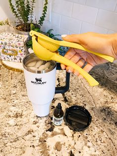 Stanley Discount Code: 15% off the Best Cup of All Time!  Top US lifestyle blogger shares her recommendation for the best travel cup.  Click for a discount. Easy Kitchen Updates, Updated Kitchen, Delicious Dinner Recipes, Healthy Recipes, Tiny Tags, Juice Of One Lemon, Travel Cup, Non Alcoholic Drinks, Blog Tips