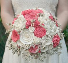 Vibrant Coral Custom Brides Bouquet Sola Wood por TheSunnyBee