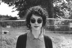 Vincent (annie clark) — inspiration to not cut my crazy curls. Curly Bangs, Curly Hair Styles, Digital Witness, Annie Clark, Saint Vincent, Mein Style, Looks Style, Girl Crushes, Hair Inspiration