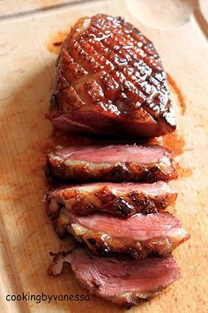 recette Magrets de canard au miel We believe that tattooing can be quite a method that's been used since the … Duck Recipes, Meat Recipes, Healthy Dinner Recipes, Cooking Recipes, Salmon Recipes, Food Porn, Salty Foods, Grilling Recipes, Food Inspiration