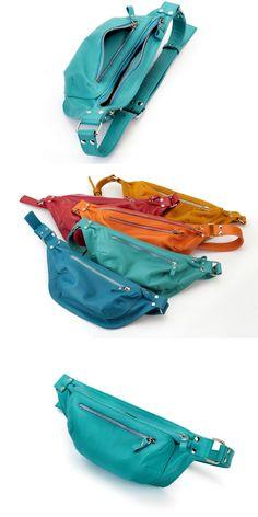 Leather Waist bag / Traveler Bag / Oversize Bum bag / Travel purse / Money belt / Voyage bag / Waist bag / Belt bag / Unisex Black Belt bag