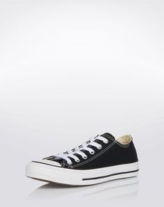 Sneaker: 'Core' from CONVERSE. Click on the picture to get the product ♥︎