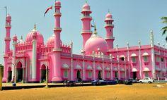 Beema-Palli-Mosque-Thiruvananthapuram.jpg