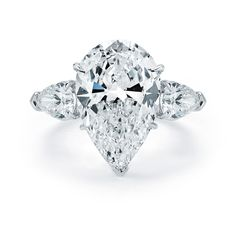 Tips for Buying Diamond Rings and Other Fine Diamond Jewelry Pear Cut Engagement Rings, Beautiful Engagement Rings, Beautiful Rings, Engagement Ideas, Wedding Engagement, Pear Wedding Ring, Large Wedding Rings, Wedding Set, Perfect Wedding