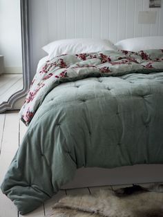 Sumptuous Velvet & Cotton Quilt - Ice Grey NEW - COX & COX £175