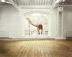 Sam Taylor-Wood - Gracefully Suspended (10 photos) - My Modern Metropolis