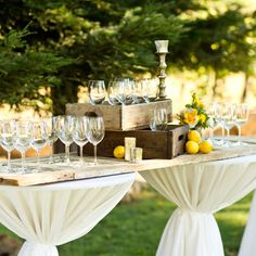 Rustic cocktail hour decor | Mike Larson Photography