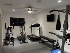 home gym ideas basement * home gym . home gym ideas . home gym ideas small . home gym decor . home gym design . home gym ideas garage . home gym garage . home gym ideas basement Basement Workout Room, Home Gym Basement, Home Gym Garage, Gym Room At Home, Workout Room Home, Workout Rooms, Basement Remodeling, Basement Ideas, Basement Decorating