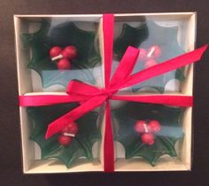 4 Floating Candles Christmas Holly Green Red Berries Holiday Table Decor NIB