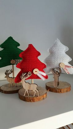 Knit Christmas Ornaments, Christmas Tree Hat, Crochet Christmas Decorations, Crochet Christmas Trees, Christmas Crochet Patterns, Holiday Crochet, Christmas Knitting, Handmade Christmas, Christmas Time