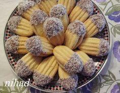 Petits fours au beurre avec fourchette - Choumicha - Cuisine Algerien Choumicha