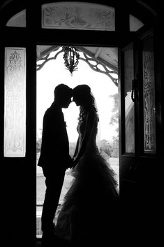 Backlit black and white wedding photography.  Anonymous photos are sometimes great wall hanging pieces for people who don't big photos of themselves all round their house. Diamond Photography, Dance Photography, Wedding Photography, Future Photos, Family Images, Big Photo, Sydney Wedding, Creative Portraits, Wedding Shoot