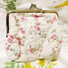 ❌NWT Floral Coin Purse Fabric floral coin purse - NWT Bags Clutches & Wristlets