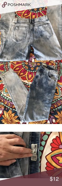 Cotton On acid washed skinny jeans Trendy and fun!!! Acid washed skinny jeans. No signs of wear. Cotton On Jeans Skinny