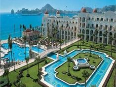 Riu Palace, Cabo... Honeymoon!! :)