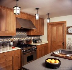 #Kitchen Idea of the Day: Arts & Crafts Kitchens. (By Crown Point Cabinetry)