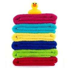 "Need a perfect housewarming gift or looking for the ideal gift for yourself?  Stay dry with the 5 Pack: Northpoint Jacquard Textured 28"" x 52"" Bath Towels - in Assorted Colors.  This five pack of towels is what any bath set needs.  Coming in assorted colors feel free to assign individuals a specific color, or just go with the mood of the day and use whichever color feels natural.  Complete any bath set with a 100% cotton 5 Pack: of Northpoint Jacquard Textured 28"" x 52"" Bath Towels - in…"