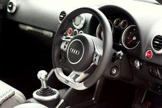 Audi RS4 B7 Flat Bottom Steering Wheel installed in a Mk1 TT!