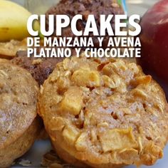 3 different options to prepare healthy chocolate, banana or apple oatmeal cupcakes, you'll love Baby Food Recipes, Mexican Food Recipes, Sweet Recipes, Snack Recipes, Dessert Recipes, Cooking Recipes, Snacks, Smoothie Recipes, Köstliche Desserts