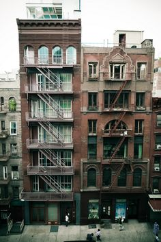I like apartment buildings like this. I like the fire escapes.