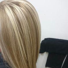 Caramel and blonde highlight lowlight