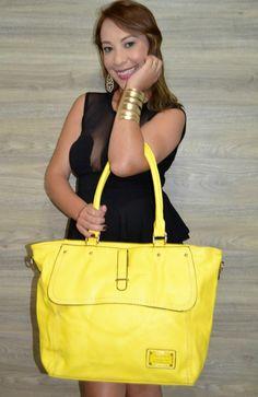 Lindas bolsas da Linha Ouro por apenas 60 reais no atacado (10 peças variadas) em nosso site! Acesse www.atacadodebolsasonline.com.br