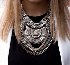 Vintage multilayered fashion chain