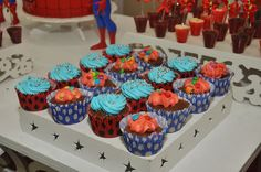 Mamães, confiram no blog Mamãe Prática esta festa infantil do Homem Aranha! Mais fotos aqui: http://mamaepratica.com.br/2014/11/05/festa-do-homem-aranha/ Spider man party