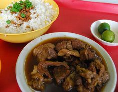 Where you can still get a bowl of hot pares in Manila - Yahoo She Philippines Filipino Dishes, Filipino Recipes, Filipino Food, Eat All You Can, My Favorite Food, Favorite Recipes, Chili Garlic Sauce, Pinoy Food, Bowl Of Soup